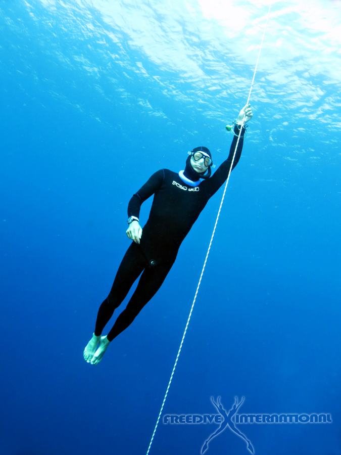 A good freediving wetsuit is very flexible and allows bigger movement range - Photo credit Linda Paganelli