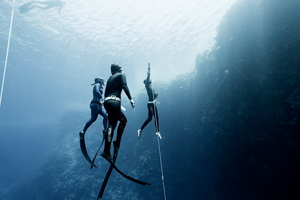 How Your Freediving Buddy Can Affect Your Training
